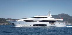 2013 Ferretti Yachts Custom Line 124