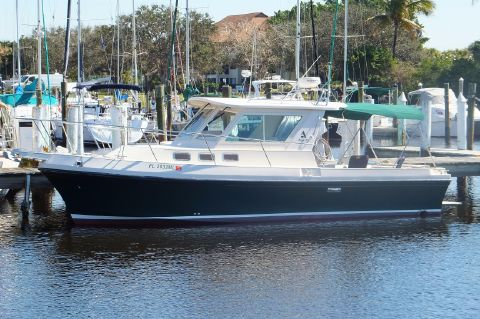2004 Albin 28 Flush Deck w/Generator - Albin 28 Flush Deck Profile
