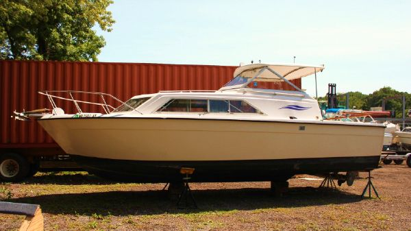 Chris-Craft 280 Catalina Hardtop Express