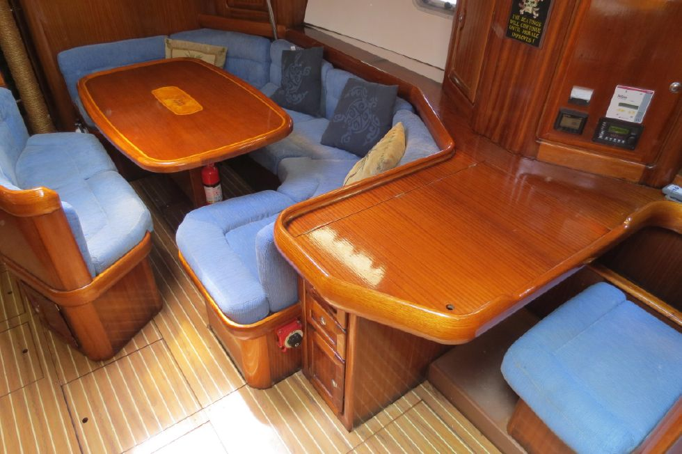 1994 Bavaria 44 - Nav Station and Dinette