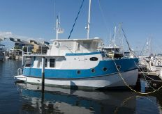 2004 Great Harbour 37 Trawler