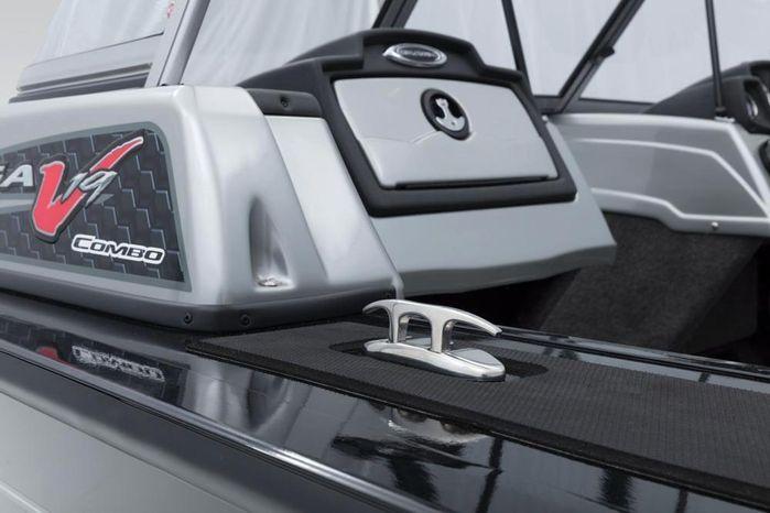 2018 Tracker Targa V-19 Combo
