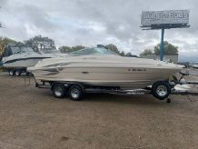 2002 Sea Ray 220 Sundeck