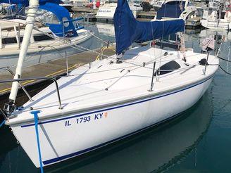 2019 Catalina Capri 22