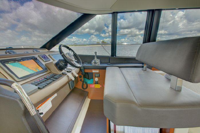2014 Prestige BoatsalesListing Massachusetts