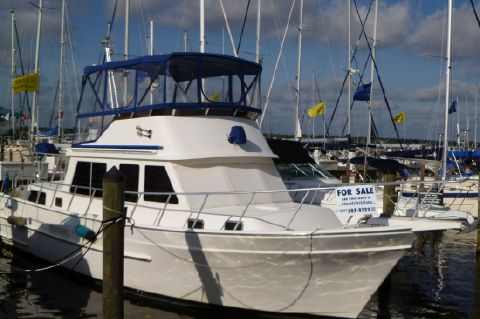 2000 Ricker 42 Classic Trawler (Grand Banks)