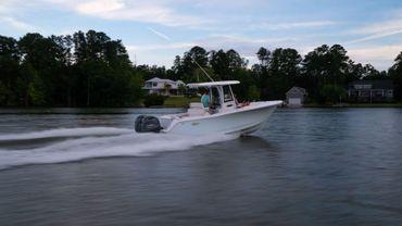 2021 Sea Hunt Gamefish 27 Coffin Box
