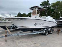 2007 Seaswirl Striper 2101 Center Console O/B