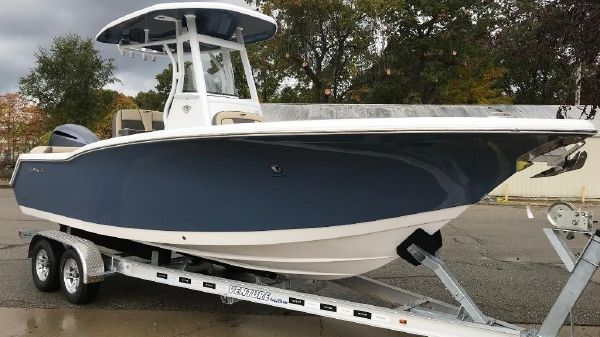 Tidewater 232 LXF Exterior 1