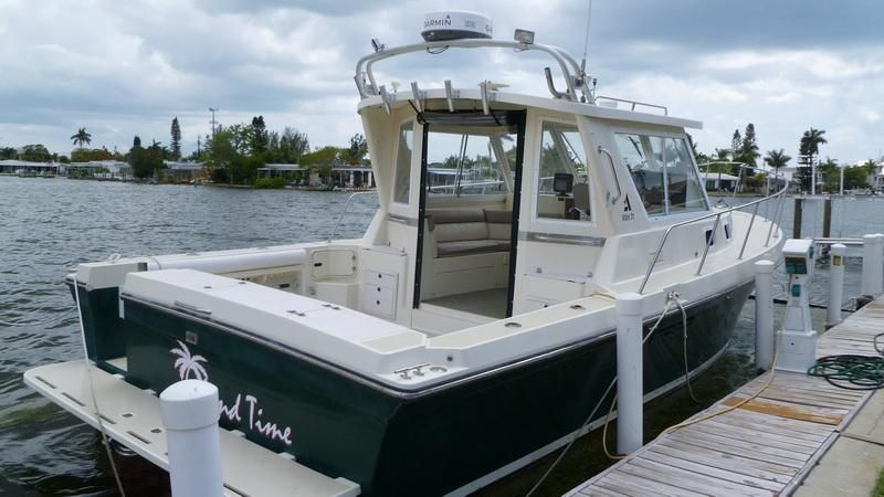 1996 Albin 31 Tournament Express 31 Boats for Sale - Edwards