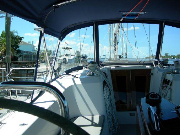 2011 Catalina Brokerage Sell