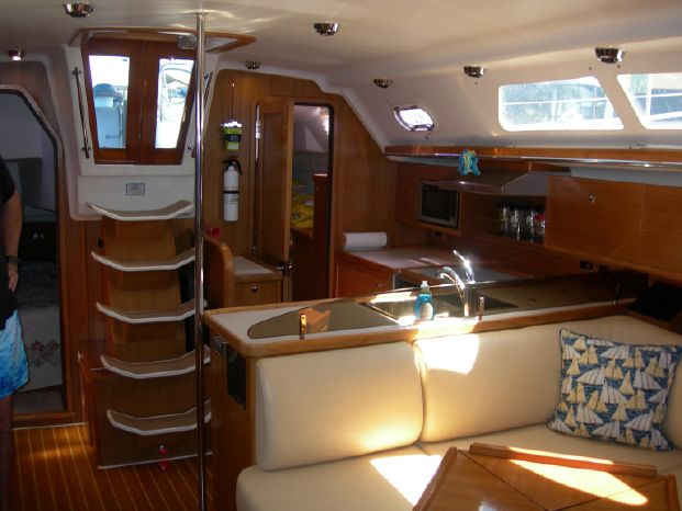 2011 Catalina BoatsalesListing Rhode Island