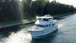 2008 Outer Reef 650 Motor Yacht