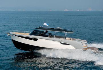 2020 Alfastreet Marine 28 Cabin Motor