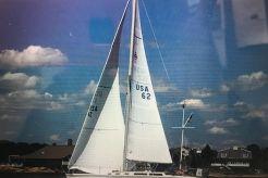 1986 Catalina C34