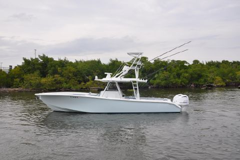 2017 Yellowfin 39 Center Console