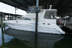 1998 Sea Ray 420 Aft Cabin