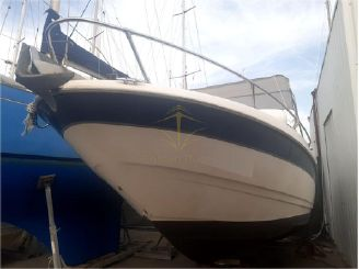 2000 Bayliner Capri 2352