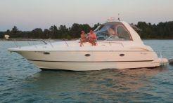 2000 Cruisers Yachts 3672 Espirit