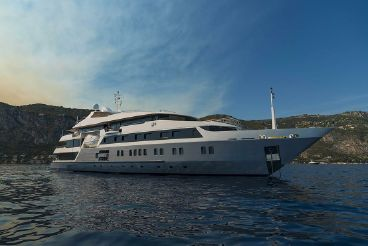2003 Austal 14-stateroom Charter Yacht