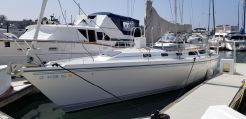 1991 Catalina 42 tricabin with Pullman Berth
