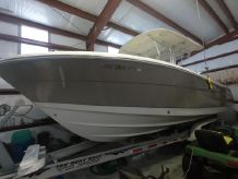 2007 Robalo STORED INSIDE SINCE NEW-350 HOURS