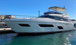 2019 Ferretti Yachts 550