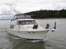 1996 Bayliner 4788 Pilot House w/ THRUSTER