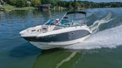 2014 Chaparral Sunesta 224 Wide-Tech