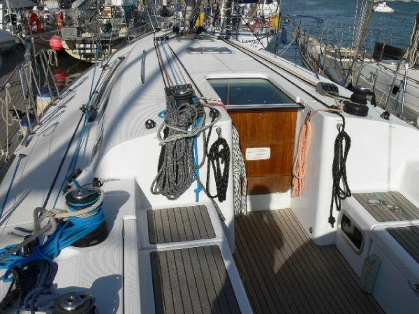 2005 Beneteau First 44.7 Segel Båtar till salu se