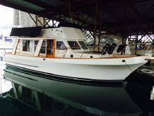 1983 Custom Roberts 36 Trawler
