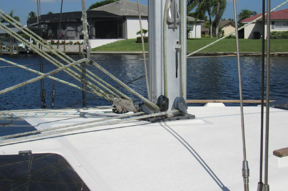 1991 Hunter 33.5 wing keel