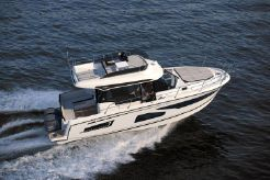 2020 Jeanneau Merry Fisher 1095 Flybridge (Legend)