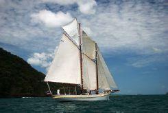 1906 Custom 1906 classic schooner