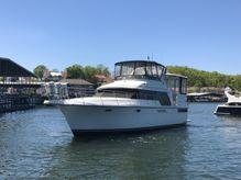 1995 Carver 440 Aft Cabin Motor Yacht