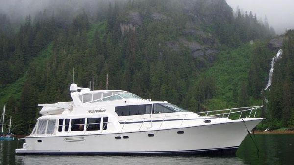 Pacific Mariner 65 Motoryacht Alaska At Anchor