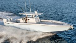 2019 Invincible 39 Open Fisherman