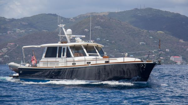 Grand Banks Eastbay SX This 2006 54' Grand Banks Eastbay SX for Sale - SYS Yacht Sales