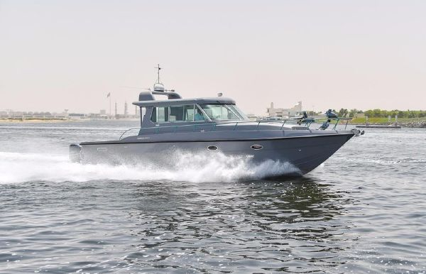 2018 Utility Series 40 Coast Guard