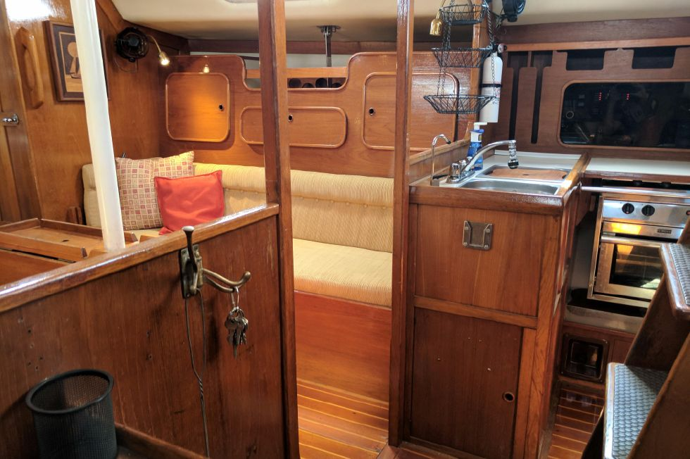 1984 Westerly Sealord 39 - Starboard Salon- Galley