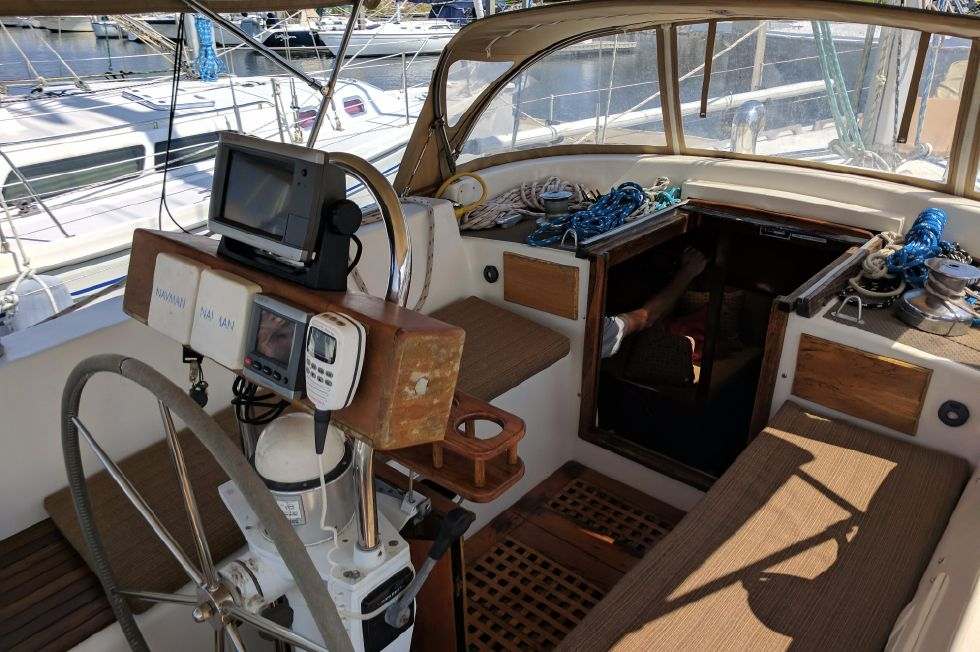 1984 Westerly Sealord 39 - Cockpit