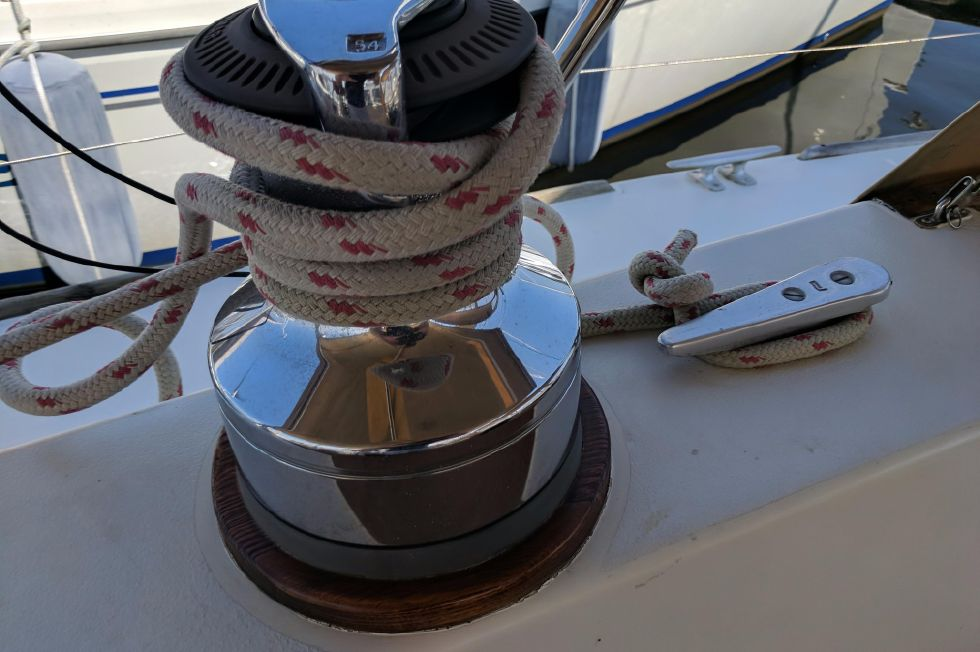 1984 Westerly Sealord 39 - Winch