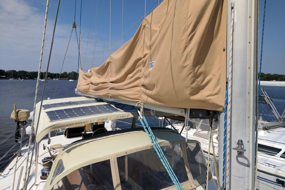 1984 Westerly Sealord 39 - Stack Pack