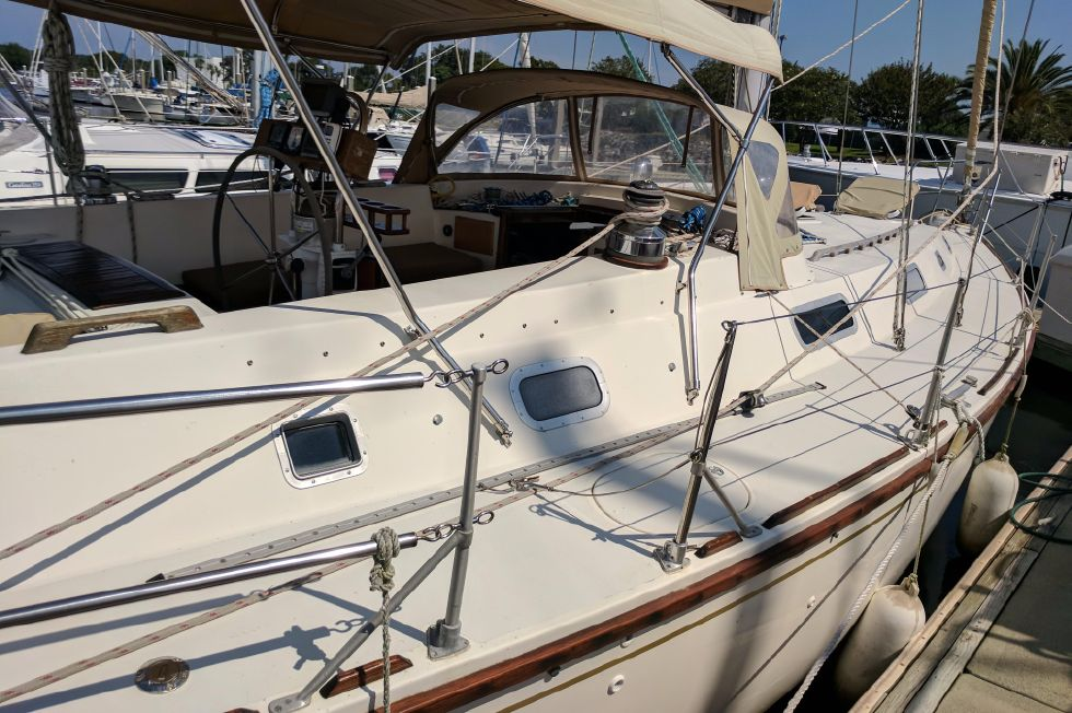 1984 Westerly Sealord 39 - Deck