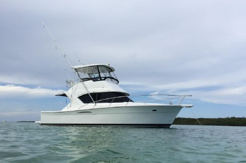 2003 Wellcraft 350 Flybridge Convertible