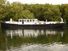 1901 Classic Dutch Barge