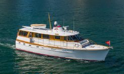 1971 Trumpy Houseboat