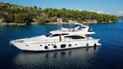 2006 Ferretti Yachts 681