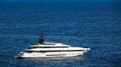2005 Mondomarine Sports Yacht