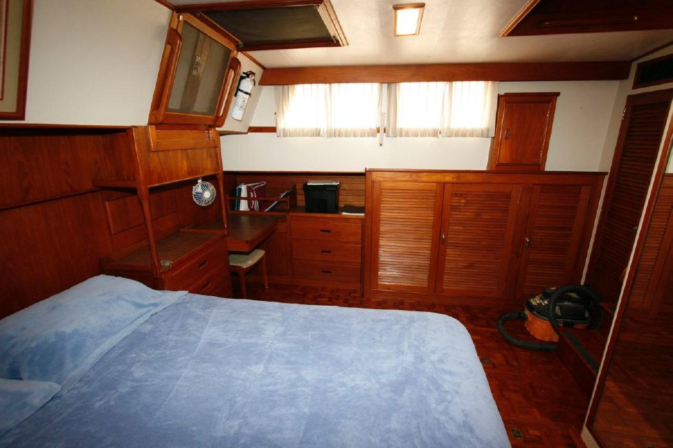 1980 Grand Banks 49 Classic - Master Stateroom 3